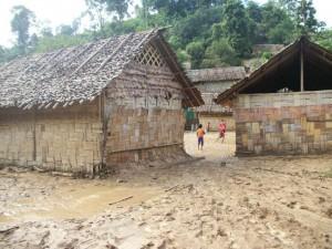 La escuela primaria afectada por las inundaciones de lodo