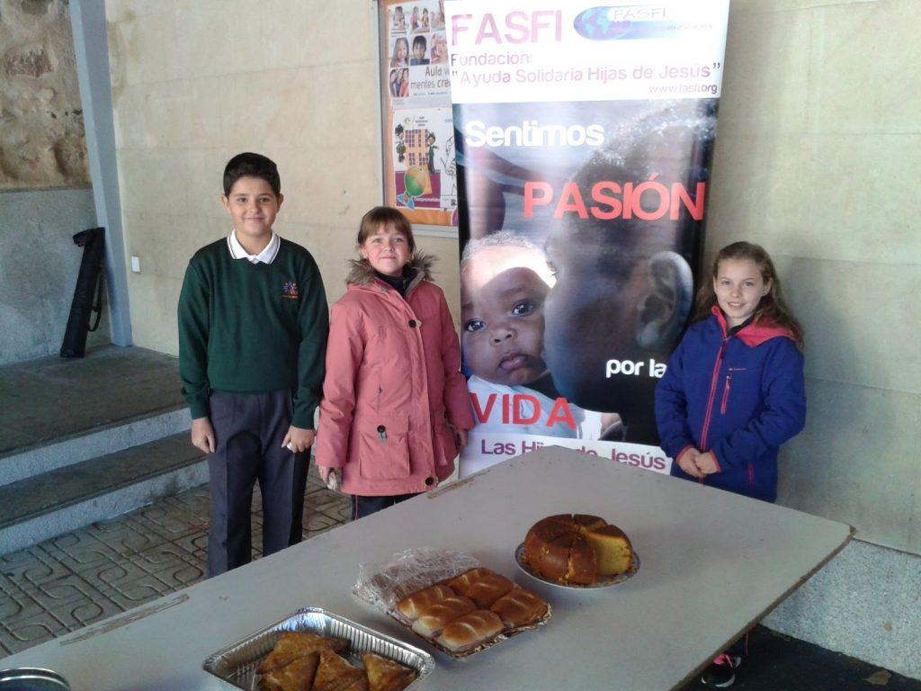 La generosidad desborda el colegio de Salamanca